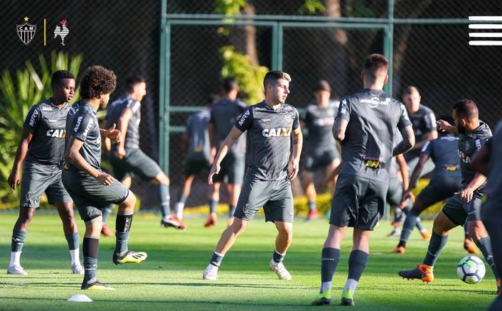 Galo busca em casa, contra o líder, a primeira vitória no returno do Brasileirão