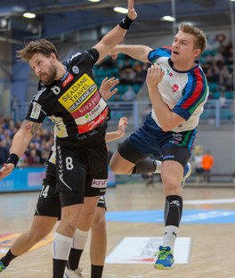 Jens Svane forlænger med KIF.