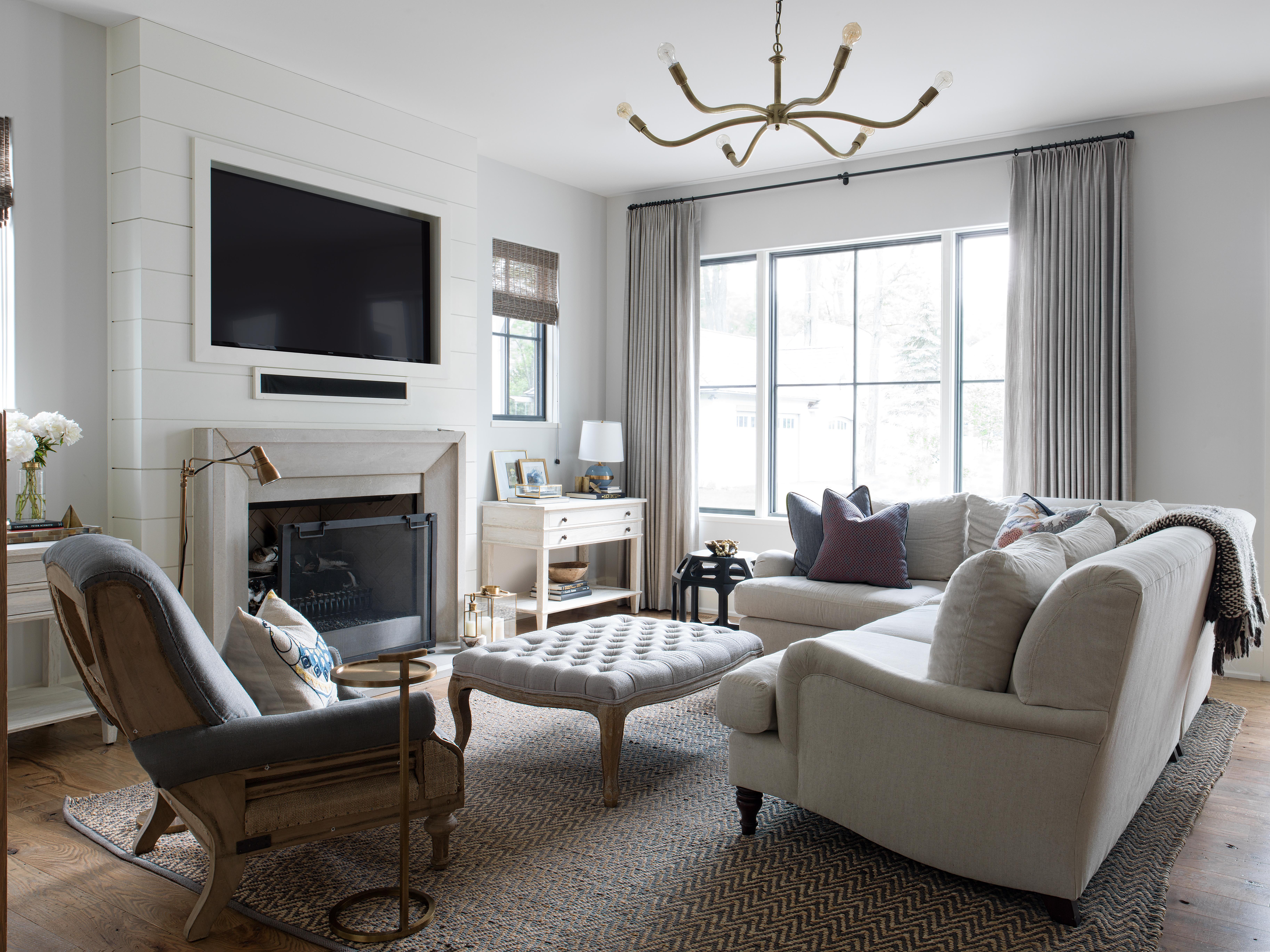 Modern Farmhouse Family Room.Residential Design Barrington