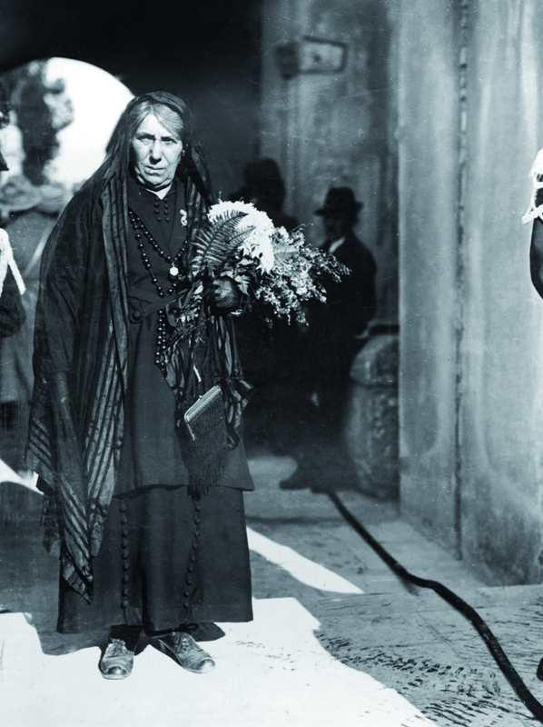 Maria Bergamas, madre di un irredente disperso, venne scelta per designare la salma del Milite Ignoto