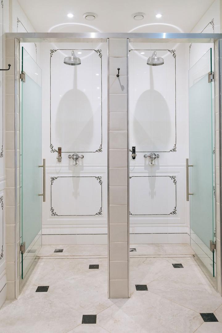 shower_VIP.jpg