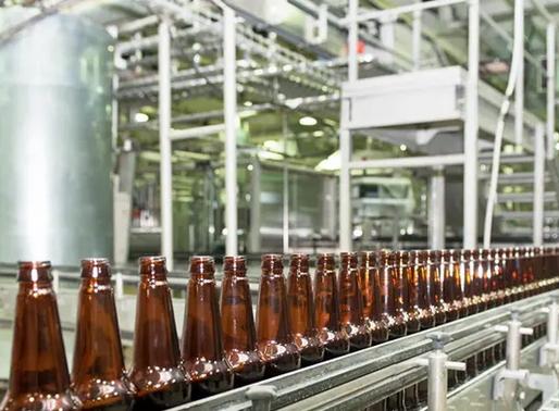 A indústria do álcool impacta a saúde pública