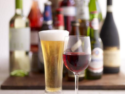 Cerveja e alguns vinhos NÃO são considerados bebidas alcoólicas no Brasil para fins publicitários