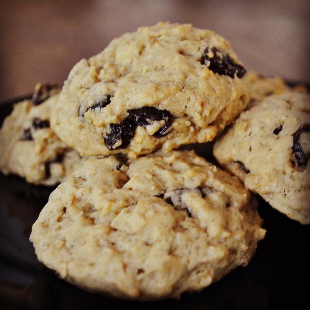 Spelt Oat Raisin Cookies