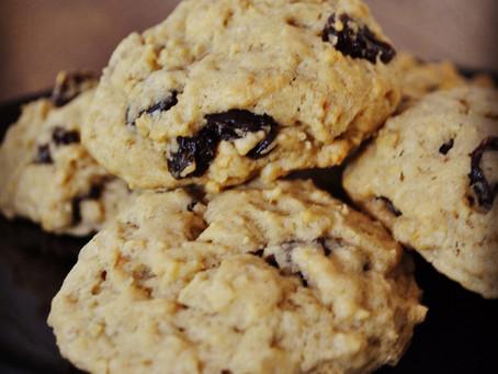 Spelt, Oat and Raisin Cookies