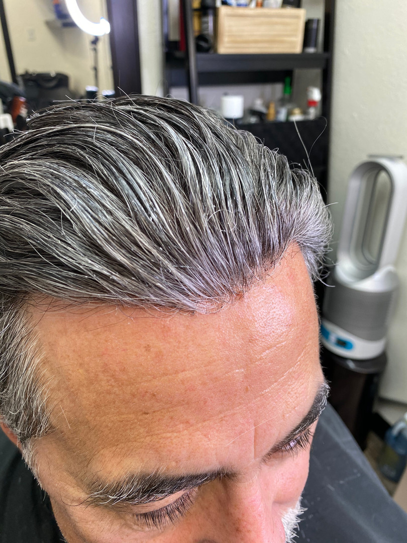 Gray hair unit