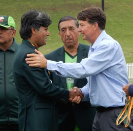 Mal Coleman comiserates with the Pakistani players