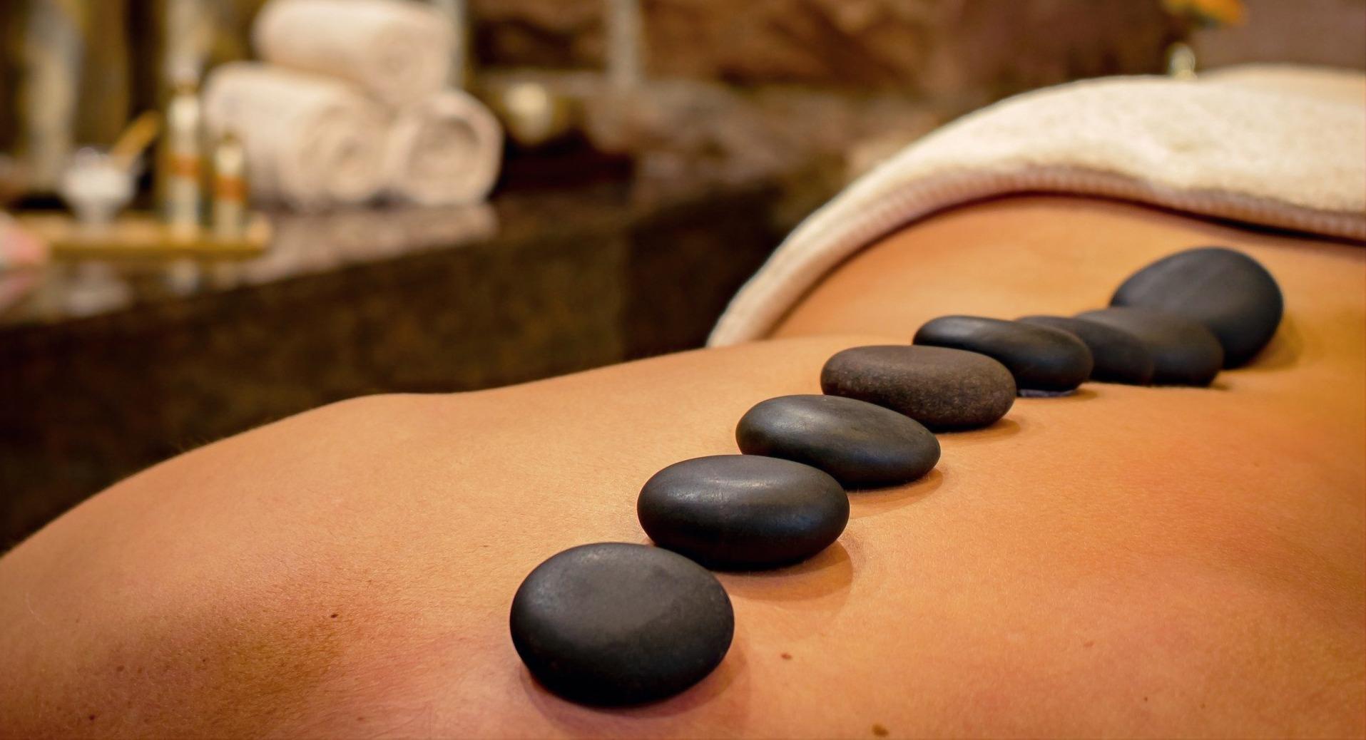 Le Pass - Massage Pierres Chaudes