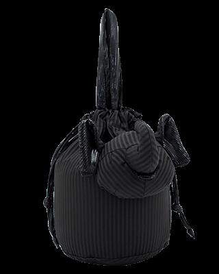 Eleph Pouch Pleat Black