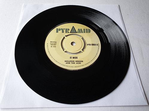 Desmond Dekker And The Aces - It Miek