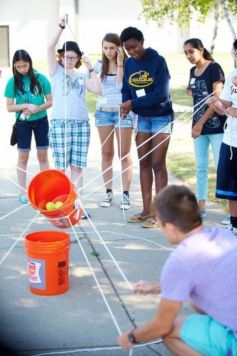 53 | יצירתיות | חשיבה מחוץ לקופסה | יצירתיות בבית הספר | רעיונות מדליקים לבית הספר | רעיונות מדליקים לחצר המשחקים | עבודת צוות בבית ספר | מודעות עצמית | חשיבה יצירתית | גאונות | זהירות גאונות לפניך | גאונות וחשיבה מחוץ לקופסה | להיות יצירתי | מחשבה מייצרת מציאות | חשיבה יצירתית