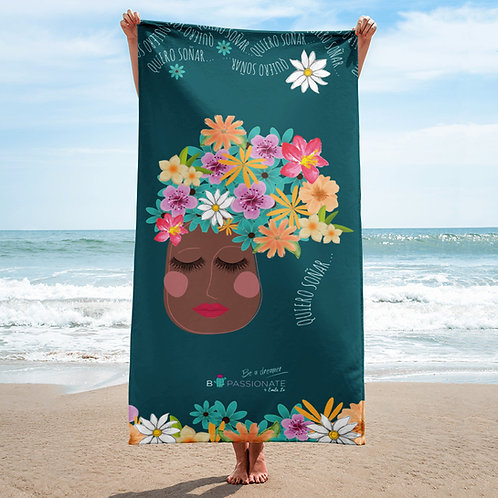 Dark green 'I want to dream' towel
