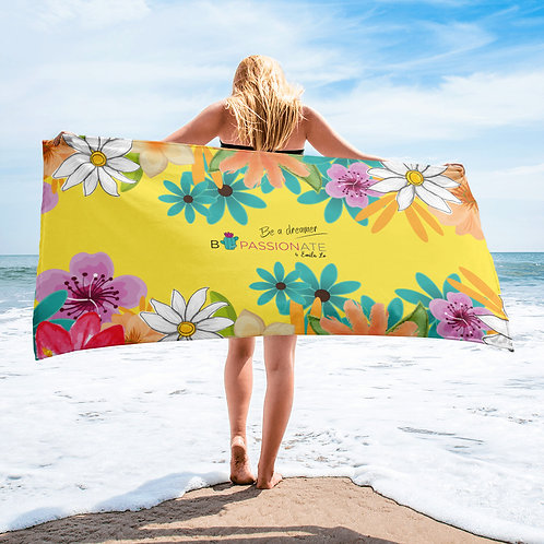 Yellow 'I want to dream' towel