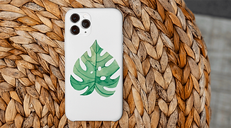 WEB---phone-case-mockup-featuring-a-hand