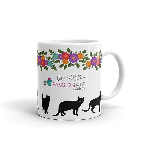 White 'Lucky cat' mug