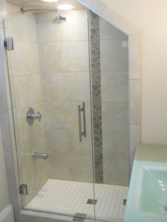custom shower in Victoria.JPG
