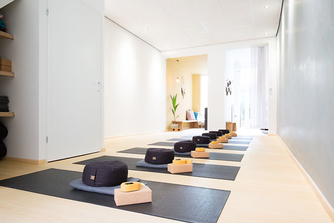 19 04 24 De Yogaschool Utrecht-8 def.jpg