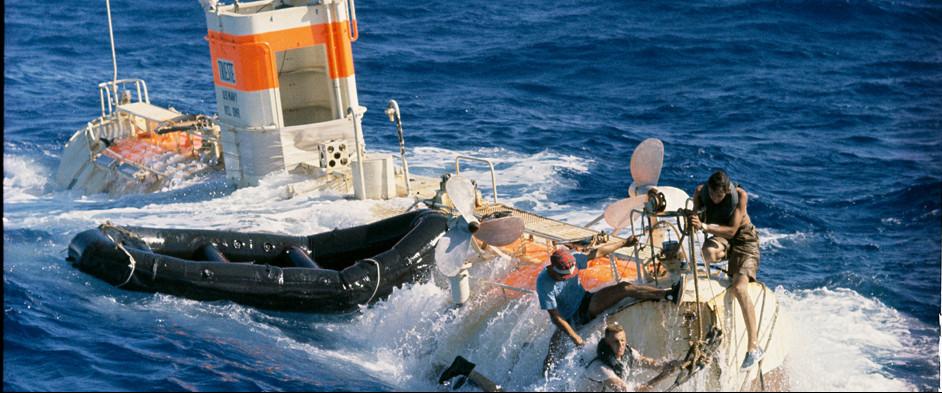 1960-dive-trieste-water.jpg