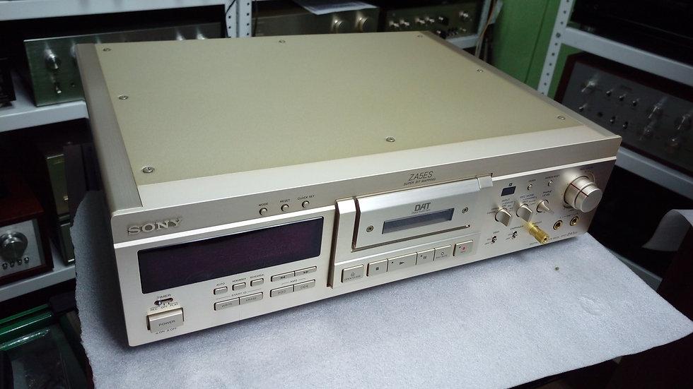 Sony DTC-ZA5ES