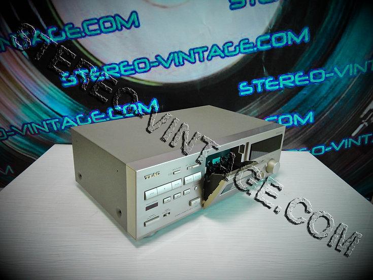 TEAC V-1050