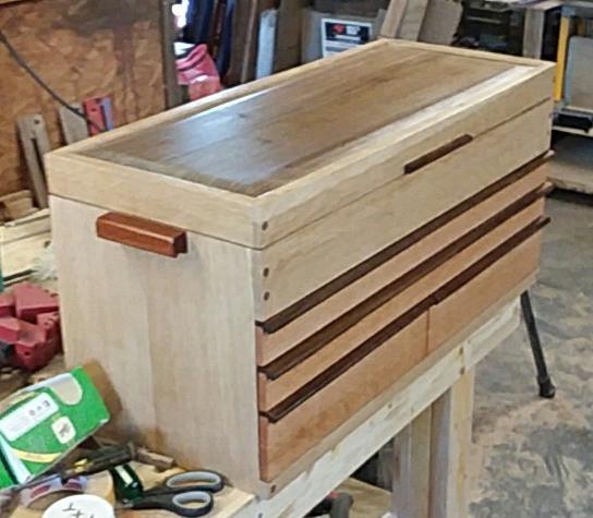 Oak & walnut toolbox
