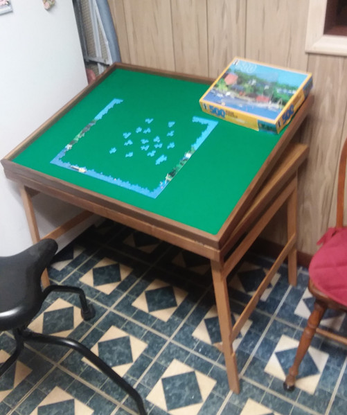 Mom's Puzzle Table