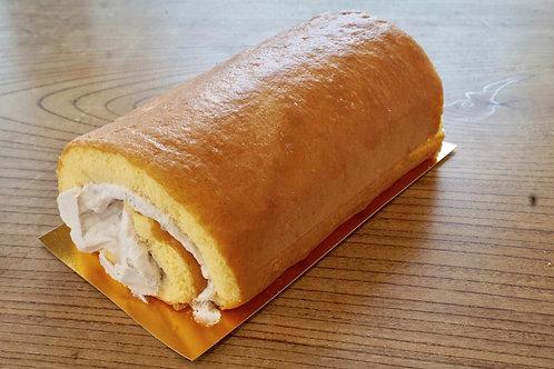 和菓子屋さんのロールケーキ