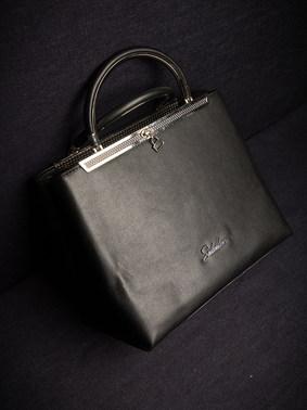 SEDUCTION-BAGS-6190.jpg