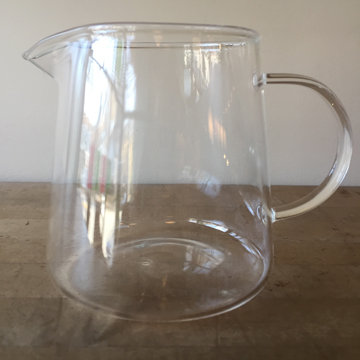 FLARE BOTTOM GLASS PITCHER