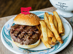 Hamburger Review: Peter Luger Steakhouse, NYC