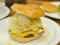 Hamburger Review: Bobby's Burger Palace