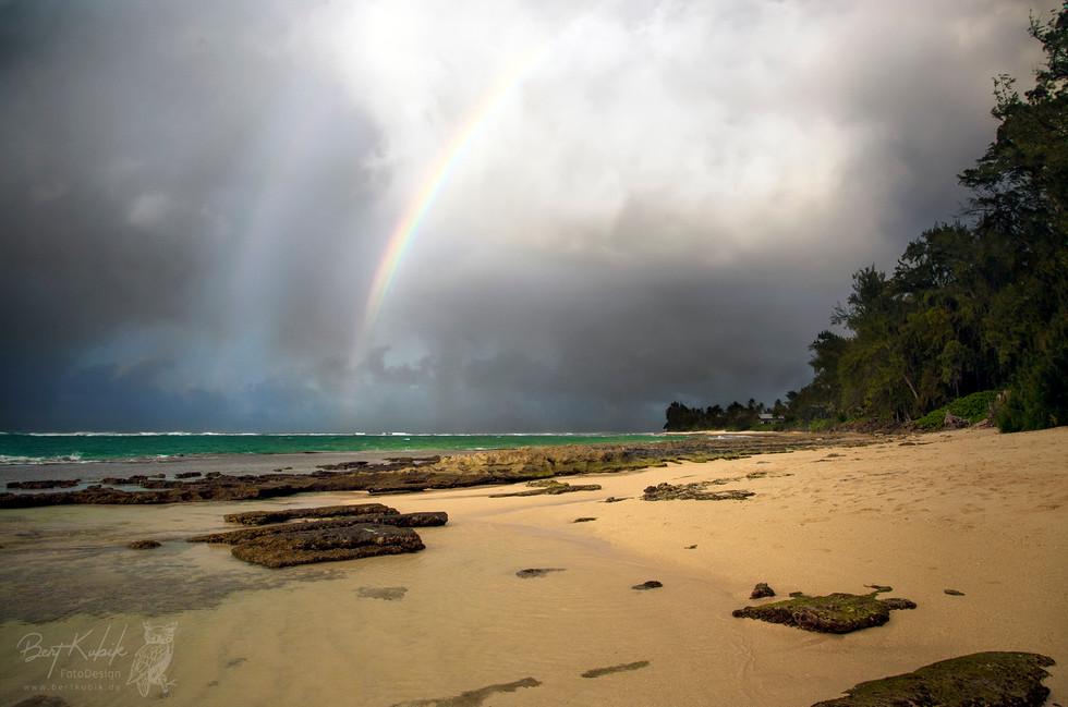 Pahipahi'ālua Beach auf Oahu
