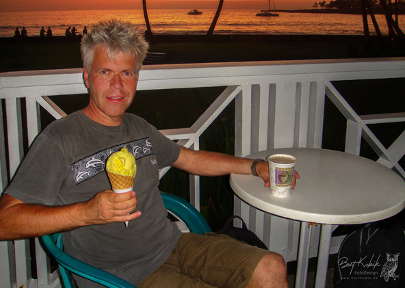 Maracuja-Eis & Kona Kaffee