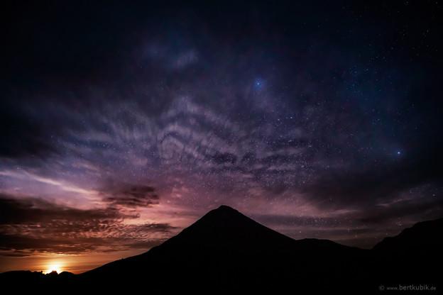 Vollmond-Aufgang hinter dem Pico Fogo