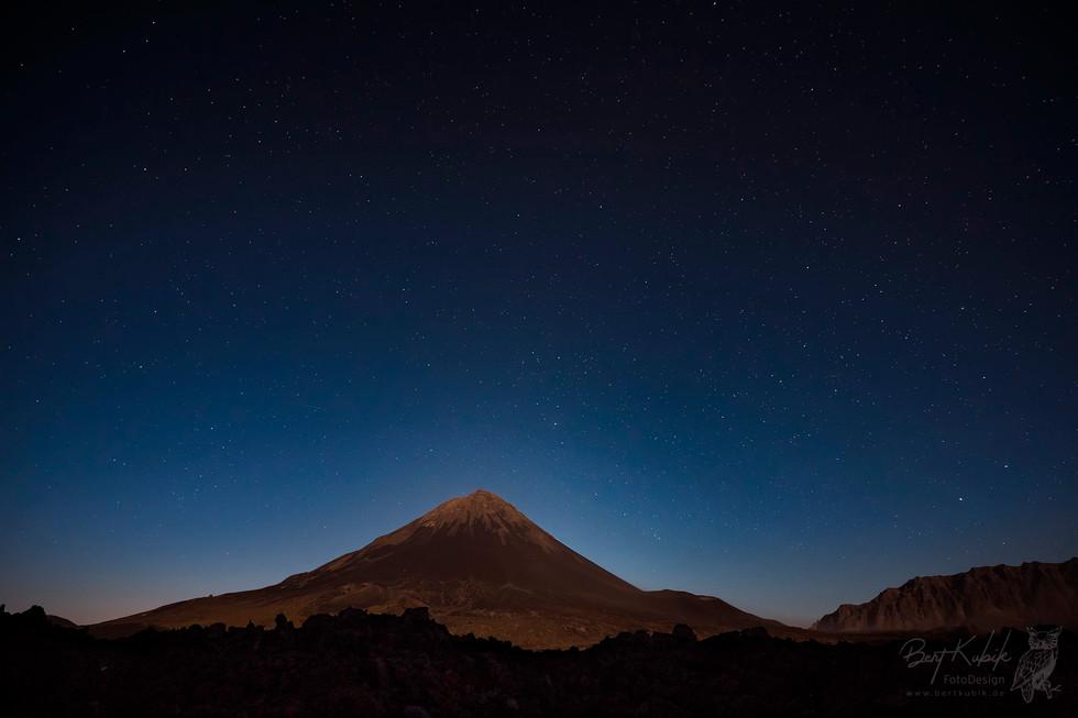 Der Pico in der allerersten Morgen-Röte