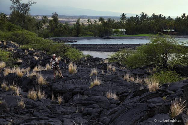 In besonderen Lava-Landschaften Unterwegs