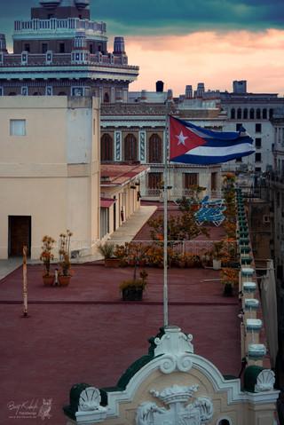 Blick auf das Dach vom Hotel Plaza