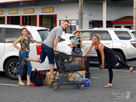 Der 1. Groß-Einkauf auf Big Island ist geschafft !