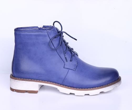 Ботинки, р.36-41, иск.кожа, цена-2530р, спец.цена-2160р.