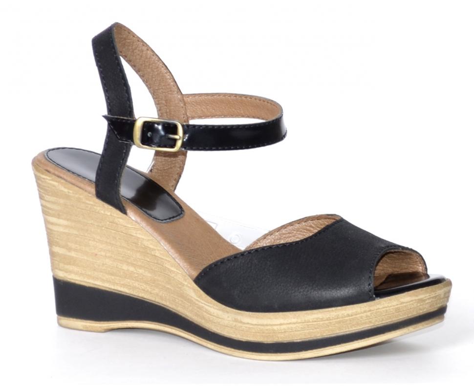 Обувь летняя, р.37-40, нат.кожа, цена-4170р, спец.цена-3570р.
