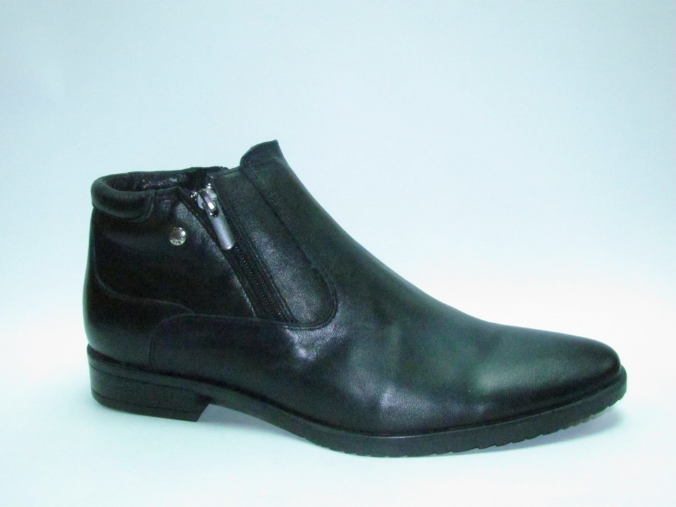 Ботинки р.40-45, натуральная кожа, байка. Цена-5400р, спец.цена-4630р.