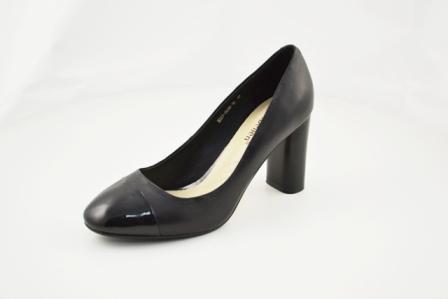 Туфли р.35-39, цена-4410, спец.цена-3780
