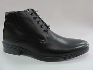 Ботинки р.40-45, натуральная кожа, мех. Цена-6670р, спец.цена-5720р.