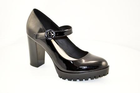 Туфли лак, р.35-39, цена-5780, спец.цене-4950