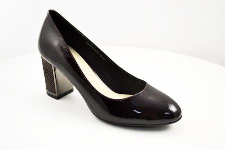 Туфли, р.35-40, нат.кожа, лак, цена-4830р, спец.цена -4100р.