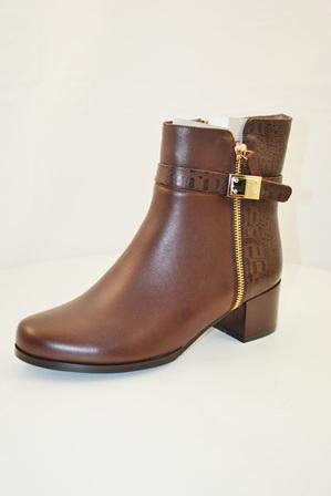 Ботинки, р.35-40, нат.кожа, цена- 6900р, спец.цена-5850р.