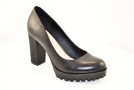 Туфли. р.35-39, нат.кожа, цена-4830р. спец.цена-4100р.