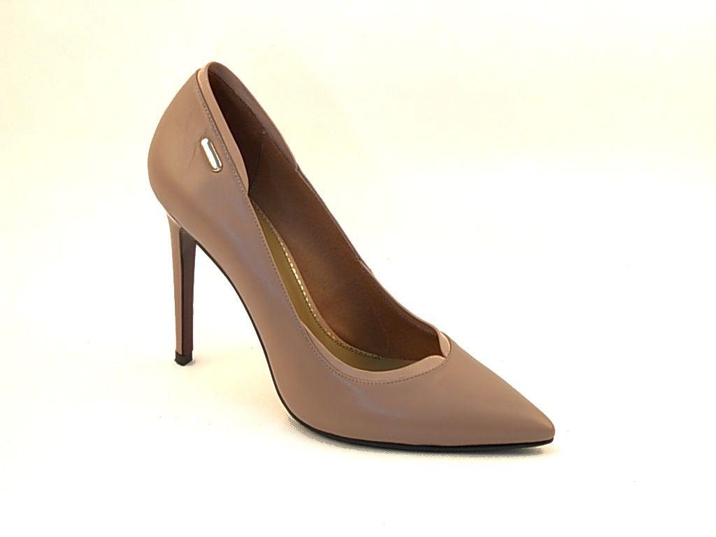 Туфли р.36-40, цена-5980, спец.цена-5120