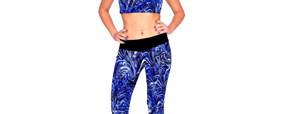 Rhapso Designs All Over Texturized Like Print 3/4 Sports Leggings P417 front view