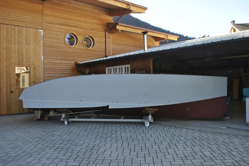 The hull ready for painting
